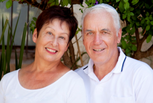 senior couple at risk for AMD